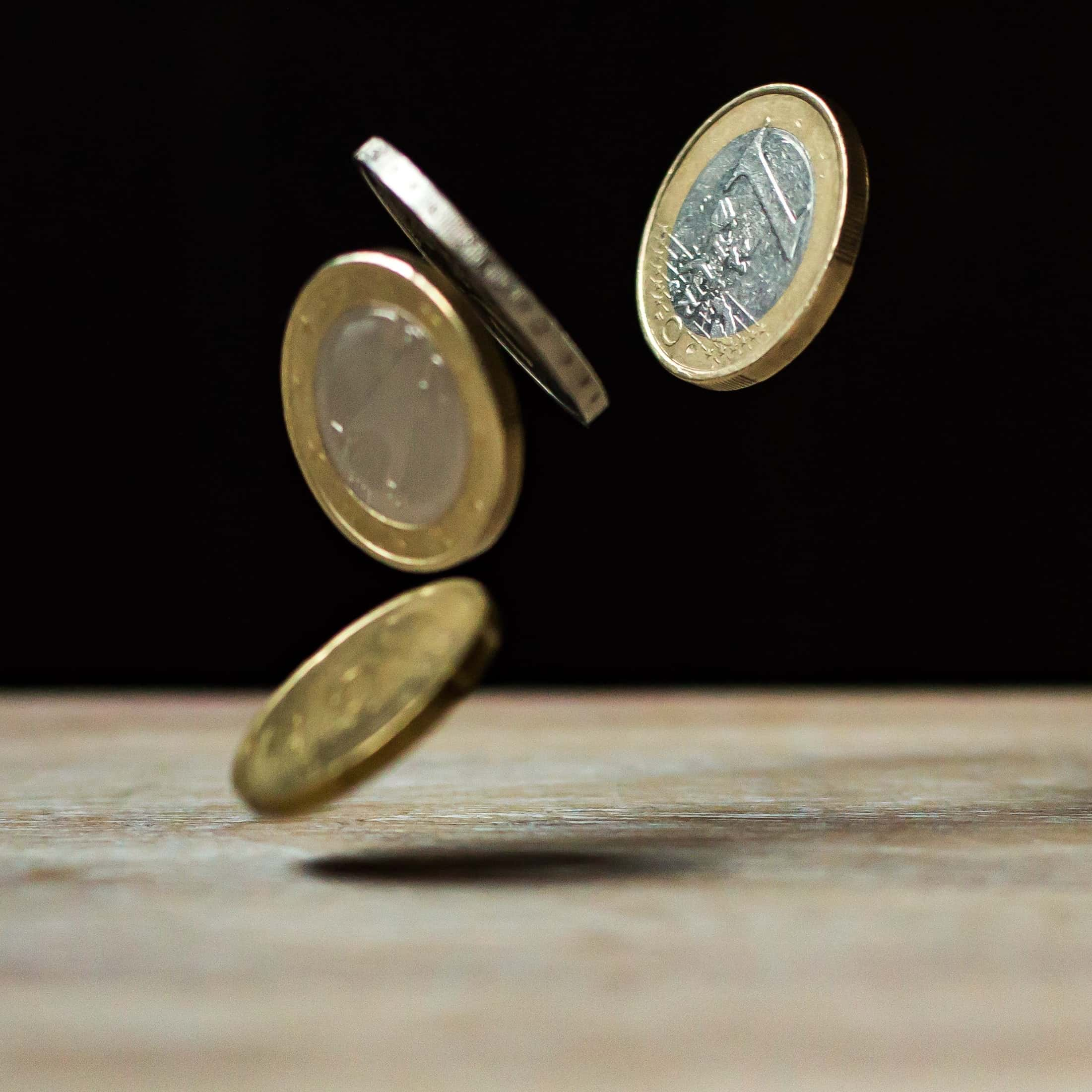 Für alle die es noch nicht wussten:Die BA verkündet einen Überschuss von 6,2 Milliarden Euro.