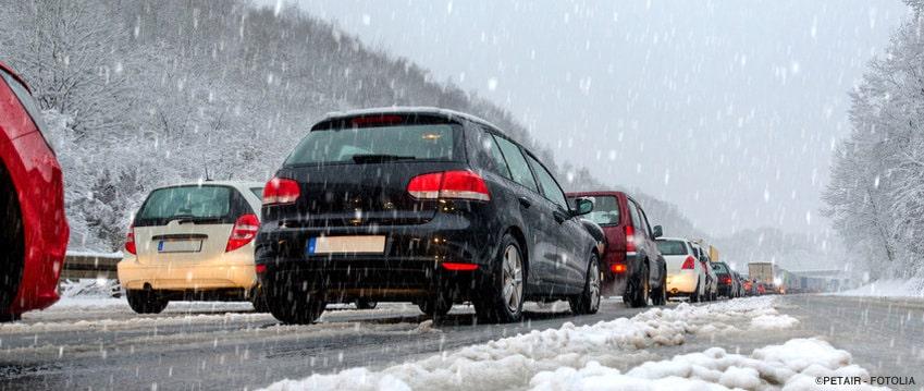 Schadensbegrenzung beim Autounfall auf dem Arbeitsweg